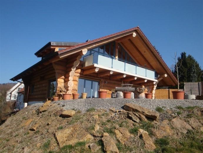 Naturstamm Blockhaus in Streichen