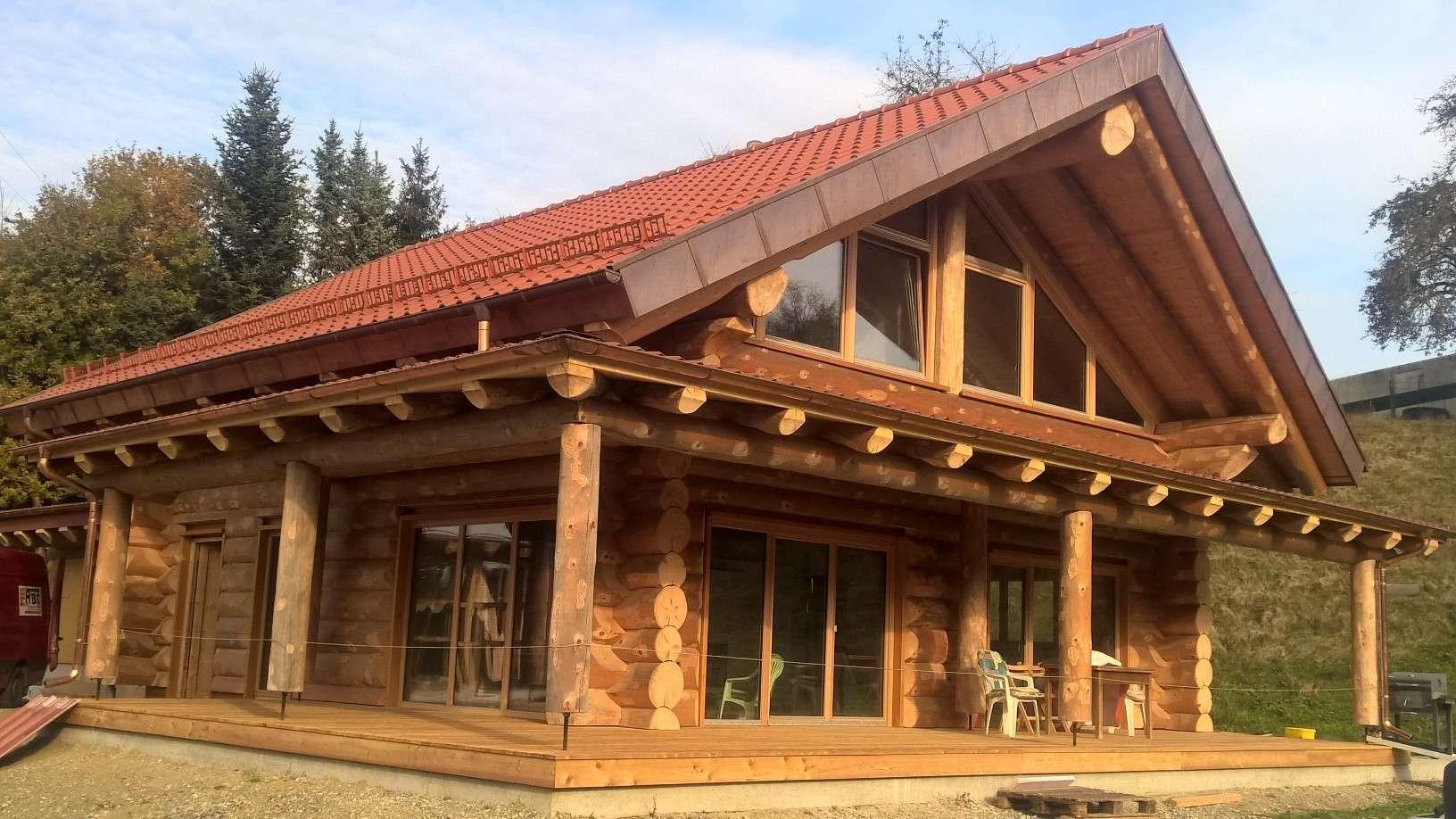 Naturstammhaus Veranda Uttenweiler