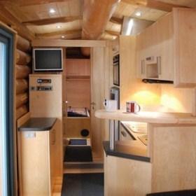 Mobiles Naturstammhaus - Innenansicht