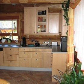 Innenausbau im Naturstammhaus / Blockhaus - Küche