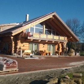 Naturstammhaus / Blockhaus in Owingen