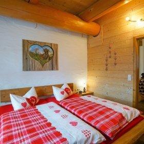 Innenausbau im Naturstammhauss - Schlafzimmer